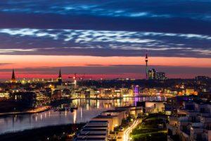 Der Phönixsee gehört zu den Sehenswürdigkeiten von Dortmund.